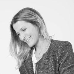 Suzanne_bataille_profile_2